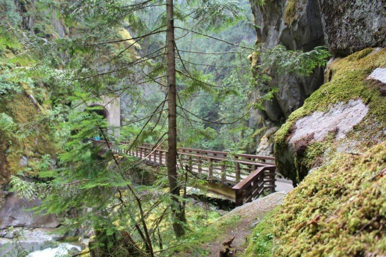 Les 20 plus beaux sentiers du Canada!