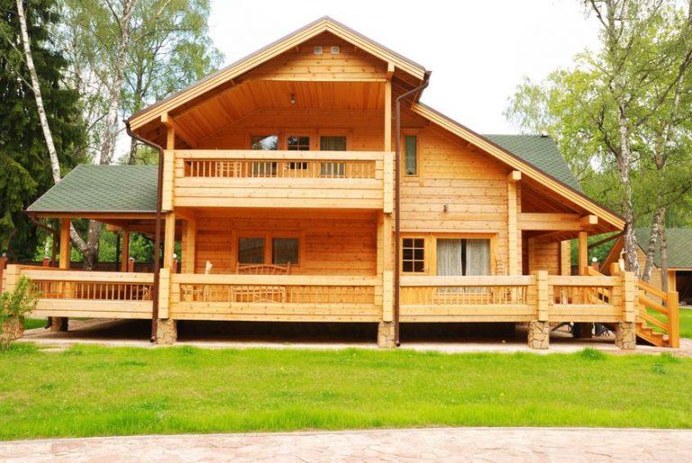 Maison avec ossature en bois: Prix et constructeur